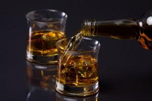 Alkoholfalle im Alter: Jeder dritte Mann trinkt zu viel