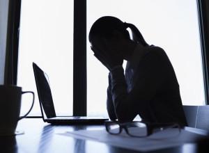 Der Artikel liefert Wissenswertes über Berufsunfähigkeitsversicherungen.