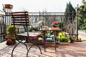 Pflanzen und Blumen für den Balkon im Frühling