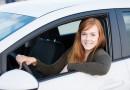 Mit diesen Tipps können Sie beim Autofahren richtig Geld sparen