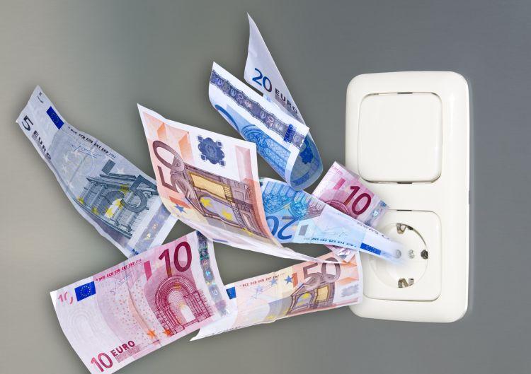 Selbsthilfe bei hohen Strompreisen